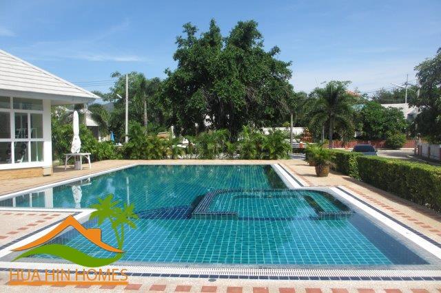 2 bedroom house for rent in Hua Hin ( Soi 6 ) Emerald Hua Hin, Thailand