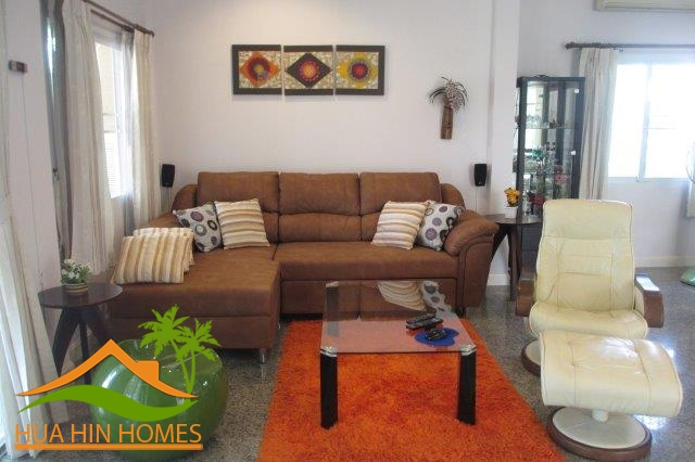 2 bedroom house for sale in Hua Hin, Soi 6, Emerald Hua Hin