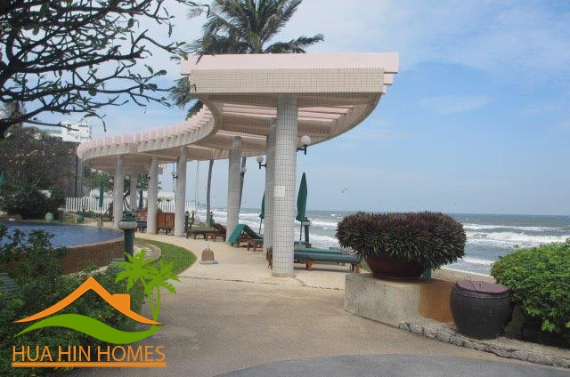 195 sq.m., 4 bedroom condominium for sale in Baan San Saran ( Hua Hin ), Thailand